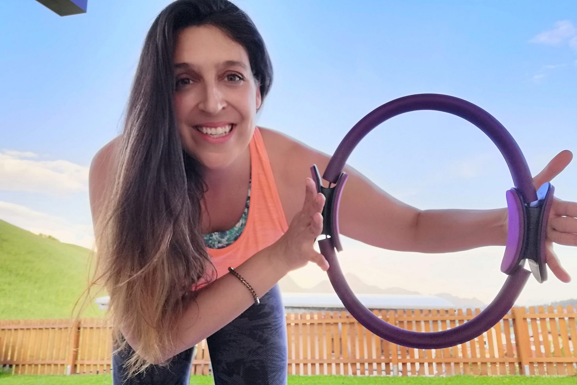 Claudia mit Pilatesring / Magic Circle